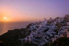 Sunset at Oia (lfeng1014) Tags: sunsetatoia sunset oia santorini greekisland greece cyclades aegeansea whitewashedhouses windmills light landscape canon5dmarkiii ef2470mmf28liiusm travel lifeng