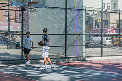 1358_0257FL (davidben33) Tags: brooklyn ny crown height summer 2018 park sport basketball people children 718 plaj joi trees bushes sporting field