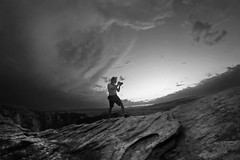 Discovery (alestaleiro) Tags: mono monochrome bw bianconero photographer fotógrafo photography paisaje paisagem desert page arizona alestaleiro outdoor openair nature naturaleza desierto horsebendshoe action acción ação