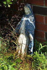 2317 the virgin known as Mary (Violentz) Tags: virginmarystatue virginmary mary statue babyjesus ourladyofgrace patricklentzphotography