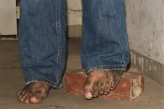 dirty city feet 575 (dirtyfeet6811) Tags: feet toes barefoot dirtyfeet dirtytoes cityfeet