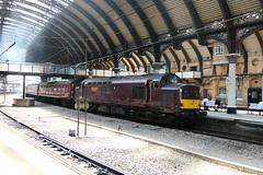 37_668-01 (Ian R. Simpson) Tags: 37668 class37 diesel locomotive loco engine train westcoastrailways eastcoastmainline ecml york yorkshire england