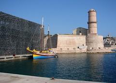 Marseille (Maxofmars) Tags: marseille marsella marsiglia france francia europe europa été summer port puerto harbour bateau boat quai