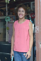 ladyboy in the doorway of her beauty shop (the foreign photographer - ฝรั่งถ่) Tags: ladyboy doorway beauty shop salon khlong thanon portraits bangkok bangkhen thailand nikon d3200