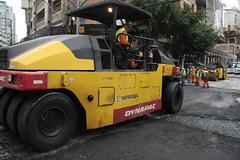 Obras - Elevada Brasil com Alvin Bauer 01 08 2018 Foto Celso Peixoto  (7) (prefbc) Tags: obras asfalto elevada avenida brasil alvin bauer planejamento transito trator retro