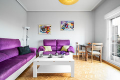 Salon (zvon.m.r) Tags: apartment architecture flat home interior livingroom livingspace lovelyhome madrid modern piso salon spain table whitespace baño