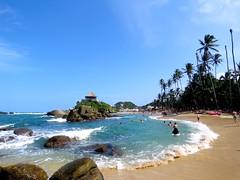 Cabo San Juan - Tairona - Colombia (alexbetancurescobar) Tags: sea mar santamarta magdalena colombia caribe parquenavionalnatural pnn tairona landscape paisaje sky cielo nubes