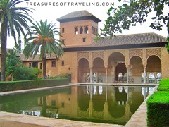 I loved walking through the beautiful gardens of the Alhambra, a palace and fortress complex located in Granada, Spain. The architecture, the gardens and the backdrop of the Sierra Nevada Mountains make this fortress a Spanish treasure! This is just one o (TreasuresOfTraveling) Tags: travelgram travelphotography bestplacestogo alhambra traveltheworld guyswhotravel granada españa wanderlust gaytraveler travelblog españaviaje albaicín travelblogger globetrotter discoverearth worldtraveler europe andalusia treasuresoftraveling theglobewanderer spain worldtravel travelspain travelphotos sierranevadamountains passportstamps tourtheplanet garden islamicart
