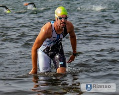 38472403_1684290398367073_7604455664487759872_n (Luis Velo) Tags: triatlón deporte nadar bici correr galicia rianxo sprint triathlon sport swim bike run sol agua calor amigos friends puerto