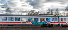054_2018_03_20_Hamburg_Harburg_IC_Graffiti (ruhrpott.sprinter) Tags: ruhrpott sprinter deutschland germany allmangne nrw ruhrgebiet gelsenkirchen lokomotive locomotives eisenbahn railroad rail zug train reisezug passenger güter cargo freight fret hamburg harburg akiem boxx ctd db dispo dbcsc dsc egp eloc locon lte me meg mt mteg nrail press rhc rsc slg 0185 0650 0812 1212 1214 1246 1261 1273 3296 3333 4482 5812 6101 6140 6143 6145 6182 6187 6193 6241 7386 logo natur graffiti