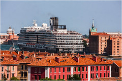 The Westerdam (SteveDilks) Tags: venice travel