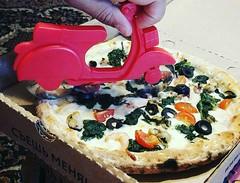А чем ты режешь пиццу? How do you cut the pizza? (Slice Pizza Russia) Tags: pizza moscow москва пицца доставкапиццы пиццамосква едамосква готоваяедасдоставкой едабезтруда хайпим хайп модно тренд нережьте нерезать режу порезать режупиццу порежьпиццусам кусай жуй ешь омномном нямням ням слайспицца пиццапростокосмос эксперимент тесты datacapacity pizzamenu adamesque hotwaterbottle adaptrade hypem hype trendy trend nerite nerezine cutting cut respecto parasiticus bite chew eat omnomnom namnam yum laiseca picturestaboo experiment tests