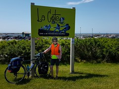 Day 3 - Rest stop at Etang du Nord (Bobcatnorth) Tags: lesilesdelamadeleine magdalenislands quebec canada summer 2018 cycling velo bicycle bicycling cycletouring bicycletouring touring tourdevelo gulfofstlawrence