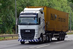 YN17 NYW (Martin's Online Photography) Tags: volvo fh4 truck wagon lorry vehicle freight haulage commercial transport nikon nikond7200 a63 everthorpe eastyorkshire containner
