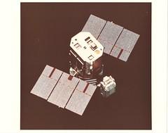 "41C_v_c_o_TPMBK (USIA 84-1617-c, MSFC-8442841 eq) (apollo_4ever) Tags: extravehicularmobilityunit eva extravehicularactivity bobcrippen robertcrippen satelliterepair solarmaxsatellite solarmaximumsatellite solarmaximummission georgepinkynelson george""pinky""nelson georgenelson pinkynelson sts41c solarpanels solarmax solarmaximummissionsatellite spacetransportationsystem thespaceshuttle theshuttle spaceshuttle mmu mannedmaneuveringunit humanspaceflight mannedspaceflight mannedspacecraft"