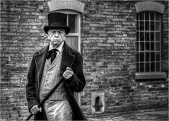Workhouse Master (Darwinsgift) Tags: southwell workhouse national trust portrait master pce 85mm nikkor