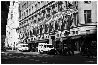 Saks Fifth Avenue, Manhattan