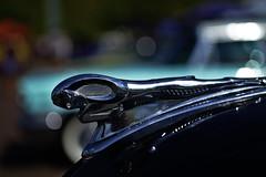 Dodge Radiator Mascot (Triple-green) Tags: 2018 auto dodge elmarit fujifilm fujifilmxt1 herten kühlerfigur leica leitzwetzlar macroelmarit2860 moparnationals radiatormascot uscar zecheewald