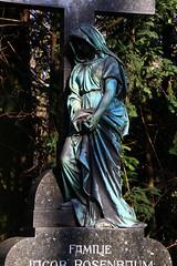 Köln_Melatenfriedhof0024 (schulzharri) Tags: köln cologne graveyard friedhof europa europe statue art kunst mortem tod stone figure