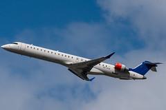 CRJ9_LO8194 (VIE-TLL)_ES-ACM (Nordica op. by LOT)_1 (VIE-Spotter) Tags: vienna vie flughafen airport airplane flugzeug planespotting