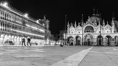 One january night in Venice 24 (François aka Tweek) Tags: venice venise bynight night