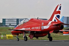 XX244 RED ARROWS Bae HAWK NEWCASTLE AIRPORT (toowoomba surfer) Tags: jet aeroplane trainer aviation aircraft raf ncl egnt