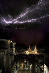 Catedral de Jaén (Francisco José López) Tags: franciscojoselopezmorante pentaxk1 catedal de jaen tormenta rayos relampagos nocturna night nubes