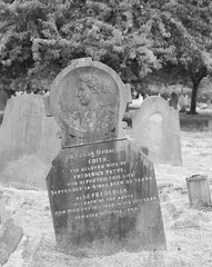 The grave of Edith and Frederick Payne (IanAWood) Tags: bringoutthedead cemeteryclub citiesofthedead graveyards headstonehunting lbofrichmond londonsdead londonsnecropolis londonsvictoriancemeteries nikkorafs58mmf14g nikondf twickenham twickenhamburialboard twickenhamcemetery walkingamongstthedead walkingwithmynikon