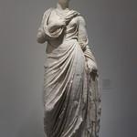 Statue féminine dite d'Antonia Minor thumbnail