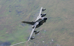 Panavia Tornado GR4 (kevinclarke1969) Tags: tornado gr4 low level mach loop