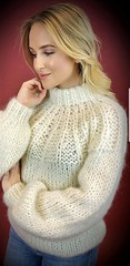 Sexy blonde gf in soft knitted wool sweater (Mytwist) Tags: blonde girl girlfriend knitwear outfit sexy love passion wool style fashion cozy ullar retro knit casual weekend authentic fetish fuzzy female grobstrick handgestrickt heavy modern ribbed slave