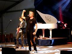 Nik P. live at Gols (rudi_valtiner) Tags: nikp konzert concert künstler star artist gols burgenland österreich austria autriche bühne stage weinzelt golservolksfest volksfest fair klavier piano mann man sänger singer