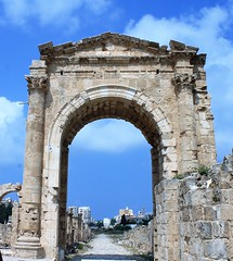 IMG_0463 (Nai.Sass) Tags: lebanon trave tyre sour anjar baalback ruins roman byzantine middle east temples summer vacation sea amateur