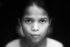 The Tiny Rohingya (N A Y E E M) Tags: girl relative rohingya refugee servant maid portrait afternoon availablelight indoors home rabiarahmanlane chittagong bangladesh poverty child harjeena