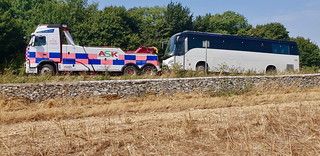 PN09JUC Recovering A Coach From The A46