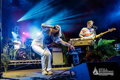 Fickle Friends - Belladrum Tartan Heart Festival, 2018 (flaresnseagulls) Tags: 2018 aaasbp belladrum festivals ficklefriends jt