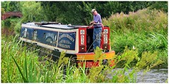 Just chugging along. (A tramp in the hills) Tags: chesterfieldcanal nottinghamshire narrowboat hayton