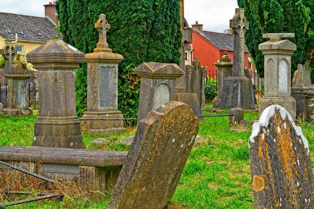 OLD CHURCHYARD KNOWN AS ST. JOHN'S [DUBLIN ROAD KILKENNY]-142941
