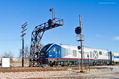 Amtrak at SB Wann Signal (tim_1522) Tags: railroad railfanning rail illinois il unionpacific up springfield sub subdivision cpl colorpositionlight wann amtrak sc44 charger passenger