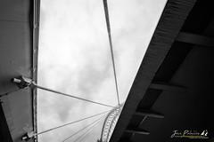 URB_41 (jpmfotografianocturna) Tags: logroño larioja lariojaapetece lariojaturismo loveslarioja loveslogroño estaeslarioja estoeslogroño cuartopuente puentesagasta paisaje arquitectura loquelaciudadesconde primerpremio top ebro nubes cielo sky bridge puente bn blancoynegro landscape nikonistas nikon tokina filtros nd largaexposicion fugadenubes vanguard tripode lucroit