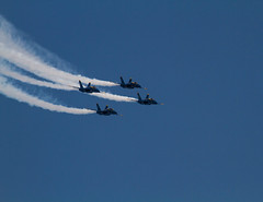 Blue Angels (eacmich) Tags: trail aviation military us navy smoke 4 four blue angels yellow f18 team demonstration abbotsford airshow canada canon 7d 100400mm