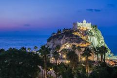 Santa Maria dell'isola Tropea (leopleo) Tags: tropea isola santuario