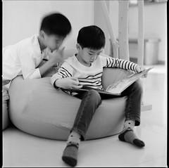 000913100004 (Steven Tsai (正港蔡爸)) Tags: hasselblad501c hasselblad planar135f100mm kodak400tx bw mediumformat analog film filmphotography