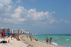 Miami Beach (Thefx / Francisco) Tags: usa unitedstatesofamerica florida miami miamibeach southbeach estadosunidos playa beach atlantic atlanticocean oceano mar sea northamerica américadelnorte