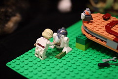 68 (dalokoshru) Tags: lego starwars r2d2 luke skywalker porg lukeskywalker