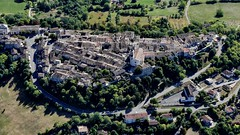 Puylaroque (François Magne) Tags: vol ulm pendulaire aérienne vue lumix fz 300 village rue eglise maison puylaroque lot valentré tarn garonne