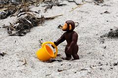 Affe01 (Klickystudios) Tags: playmobil outdoor ostsee strand