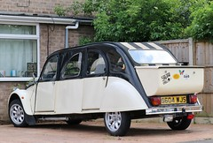 G604 WJS (Nivek.Old.Gold) Tags: 1989 citroen 2cv6 special 602cc limousine wyvismotorcompany