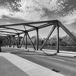 Friedensbrücke von oben thumbnail