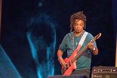 Rubens Santana (Charles-Fernand) Tags: agathe iracema jazz bresil musique concert plein air à lest des dunes sables dor théatre de verdure vallée diane bretagne doreau scat samba rock musicien brazilianrootsquintet guitar guitare